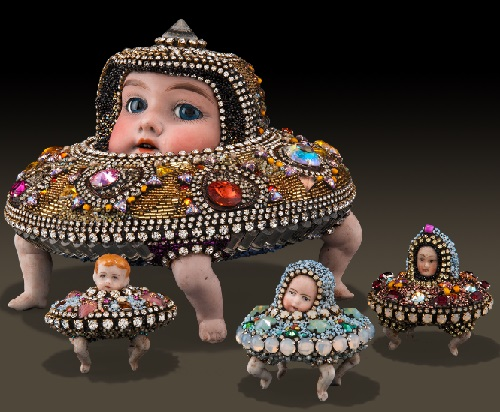 Spaceship Family 2013. Jewelry sculpture covered with mosaic of bead by American artist jeweler Betsy Youngquist