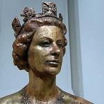 equestrian statue of Queen Elizabeth II