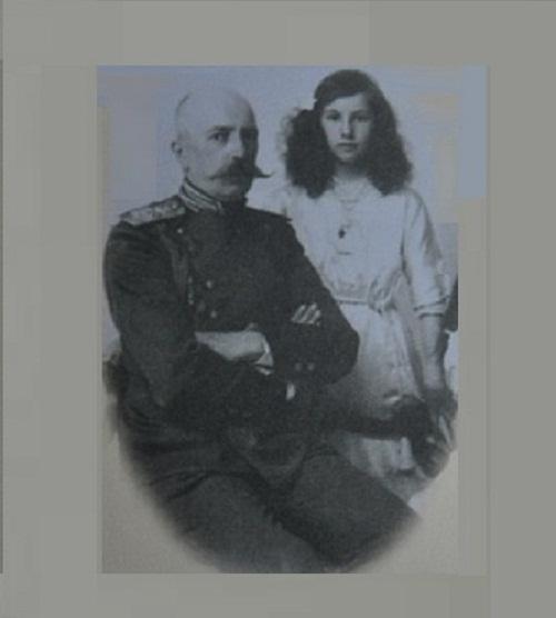 The last photograph of Grand Duke of Russia George Romanov and his daughter Xenia, 1914
