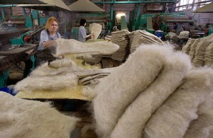 The production of traditional Russian winter footwear
