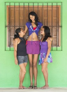 Elisany da Cruz Silva, the tallest girl in the world