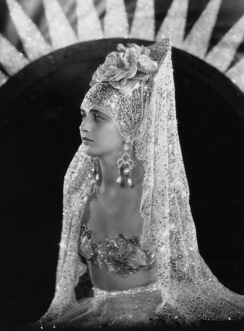 Kay Francis 1930s movie star (January 13, 1905 – August 26, 1968)