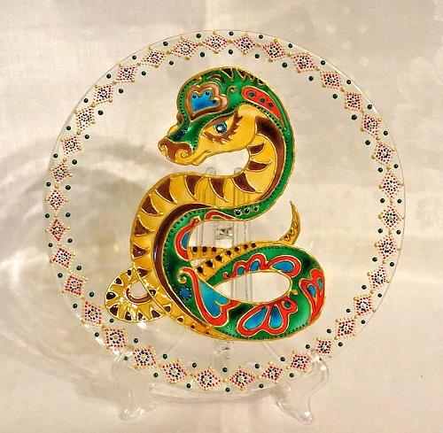 Snake glass plate