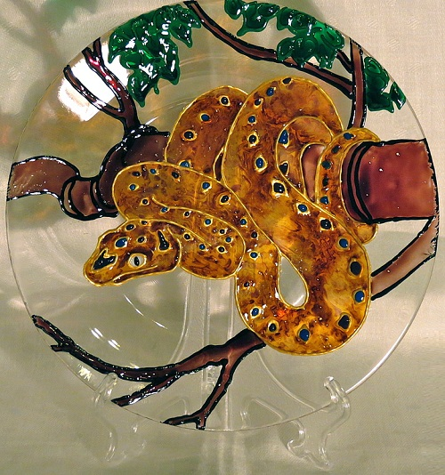 A snake. Stained glass painting by Tatyana Zinkovskaya