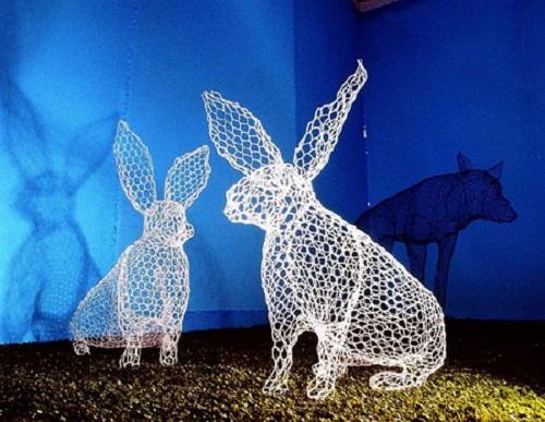 Hares. Transparent 3D sculpture by Benedetta Mori Ubaldini