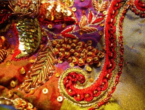 Widely used in fashion Zardozi embroidery
