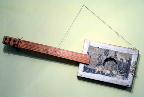 string musical instrument made by prisoners