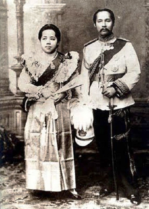 The King and the Queen, Prince parents