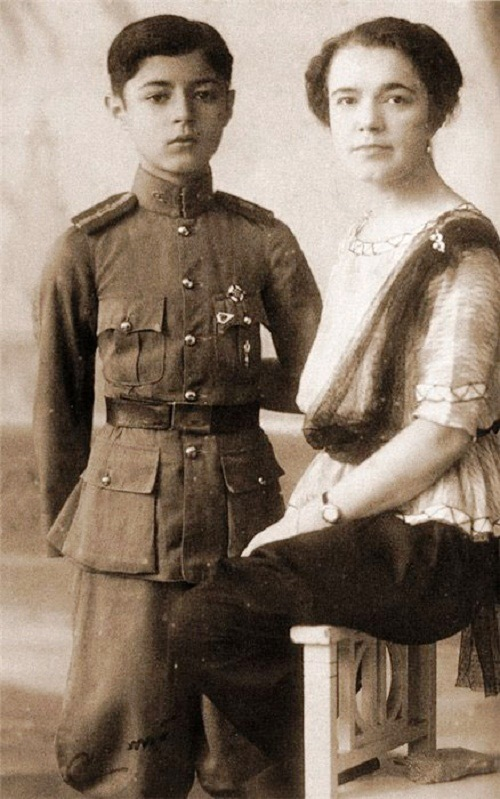 Ekaterina Desnitskaya Princess of Siam and Chakrabongse Bhuvanath, Jr
