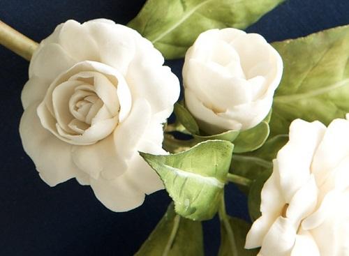 realistic porcelain flowers