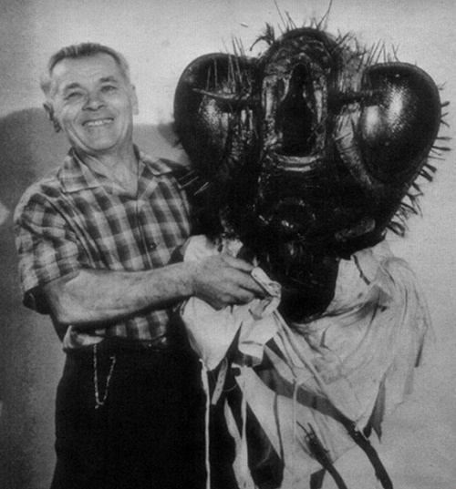 Between shooting the film Return of the Fly (1959)