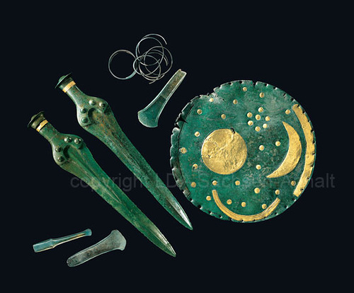 The disc was not the only discovery, there were also other findings – swords, axeheads, chisel and spiral armbands.