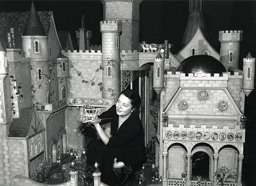 The most expensive Doll House, $ 500 000