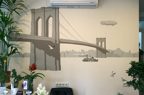 Elena Gerasimova-Alexey Ivanov Artists painting walls