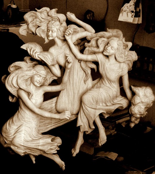 Wood carving by Dales Sakalienes Droziniai