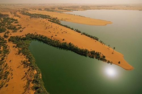 Unianga-Kebir, Chad. deserts by George Steinmetz