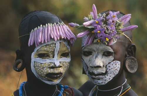 Lost Omo tribe in Ethiopia by photographer Hans Silvester