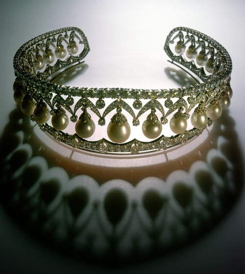 "Tiaras ""RUSSIAN BEAUTY"" 1987. Platinum, Diamond 1000, 25 large drop-shaped pearls"