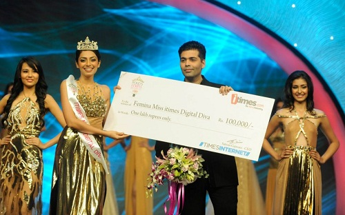Navneet Kaur Dhillon crowned Miss World India 2013