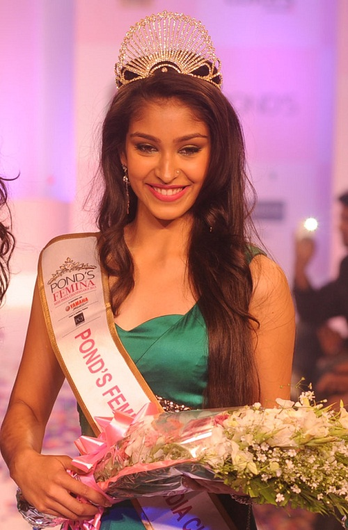 Navneet Kaur Dhillon crowned Miss World India