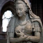 The statue of Marie Antoinette (France)