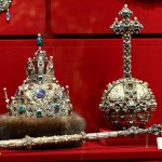 """The crown. """"Great outfit."""" Astrakhan hat. 1627. Gold, precious stones, pearls, fur, molding, stamping, engraving, carving, kanfarenie"""