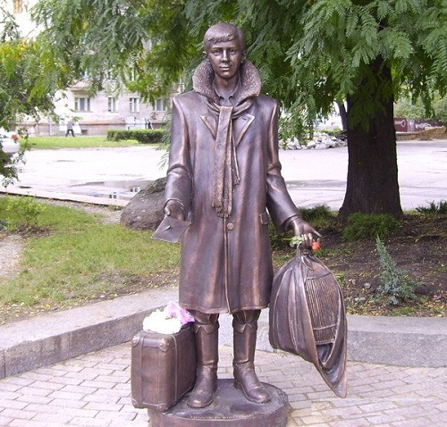 A monument to Lariosik, a character of the 'White Guards', in Zhitomir. Students rub the letter in its hand for good luck at exams