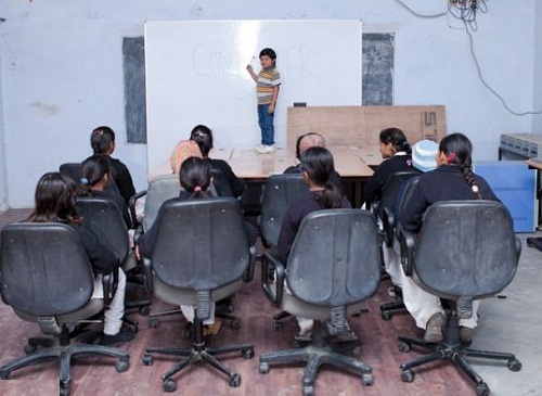 Azad Singh worlds smallest teacher