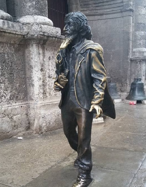 monument to Jose Maria Lopez Lledin