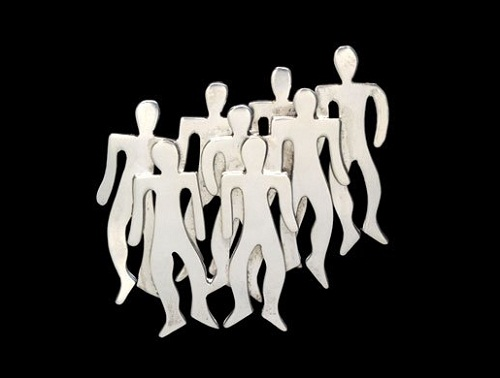 At the Group of Eight meetings, she was the only woman. She always wore this brooch in the form of a group of people without gender. The brooch was made ​​in Mexico, silver, 1960.