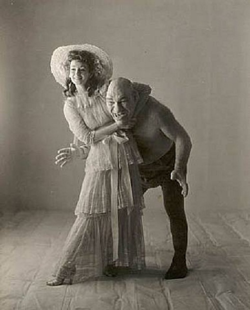Maurice Tillet with his princess Feona 1945