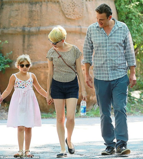 Michelle Williams, her daughter and Jason Segel