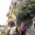"""Unique """"fairy tale house"""" in a giant tree by Vietnamese expressionist architect Dang Viet Nga"""