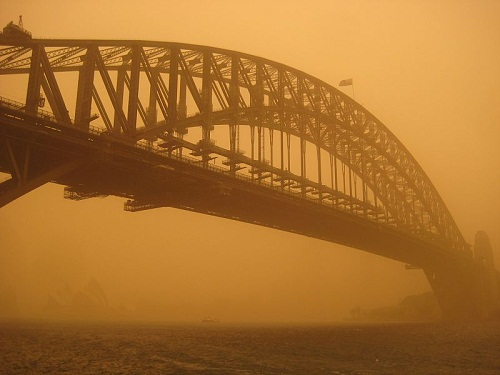 Sand storms in Sydney, 2009