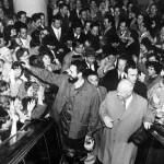 Fidel Castro Ruz, Primer Secretario del CC del PCC, Presidente de los Consejos de Estados y de Ministros, Comandante en Jefe, en su visita a la URSS, con Nikita Krushev en la tienda por departamentos Moskva.