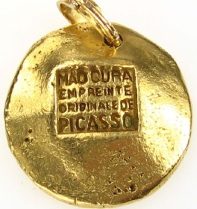 Pendant of gold by Pablo Picasso