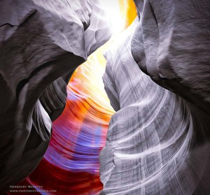 Antelope Canyon is visited exclusively through guided tours, in part because rains during monsoon season can quickly flood the canyon