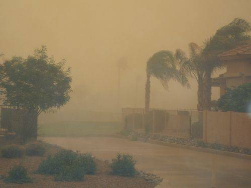 July 27, 2012, an extreme dust storm covered Phoenix, Arizona