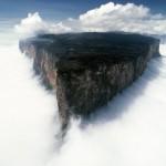 The highest tepuis reach 3,000 meters in heigh