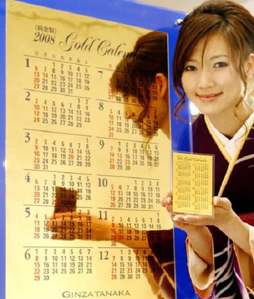 Gold calendar