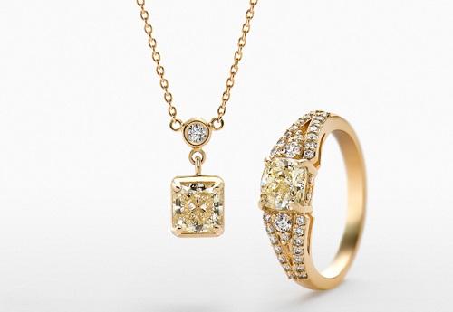Ginza Tanaka's jewelry pieces
