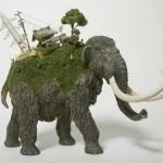 Miniature sculptures by Maico Akiba