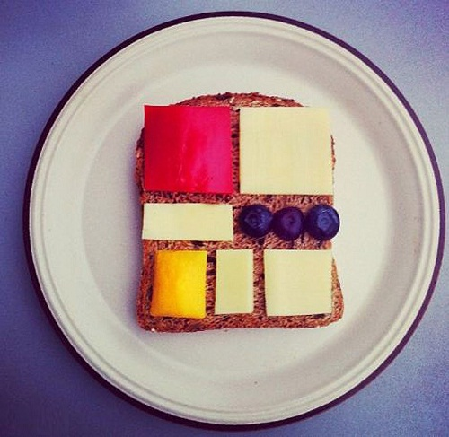 the picture on toast in the style of Piet Mondrian