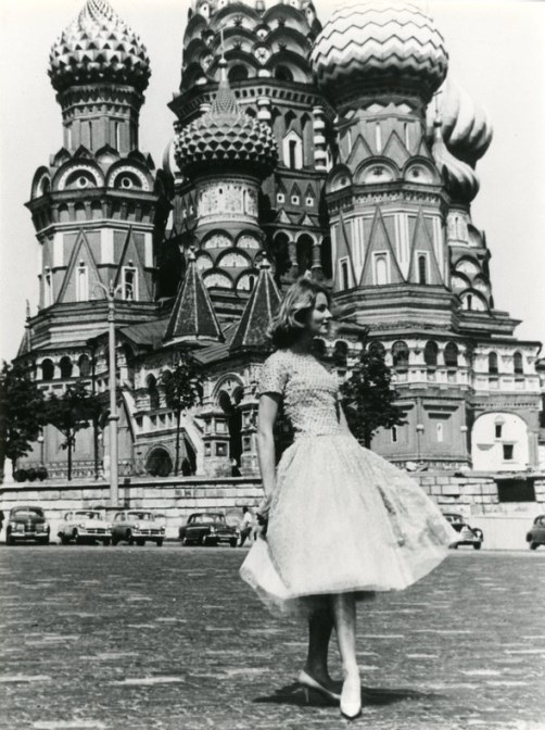 A model poses in front of St. Basil's Cathedral on the occasion of the Dior fashion show in Moscow in 1959