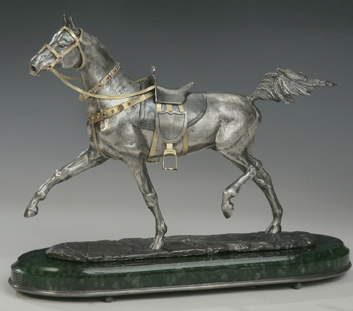 Akhal-Teke horse. Miniature sculpture of gold, silver, diamonds, rubies, jade. Moscow jewelry company Sirin