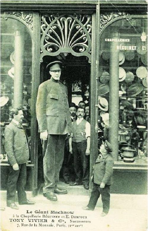 Fyodor Makhnov the tallest person on Earth