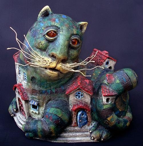 Surrealistic ceramic by Roman Khalilov