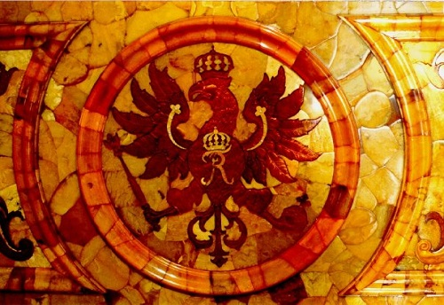 Amber mosaics by Alexandr Zhuravlev