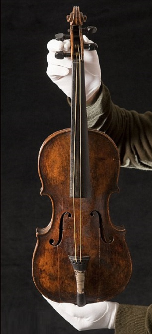 Titanic violin sold at auction for 2 million dollars