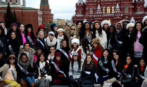 Miss Universe 2013 participants on Red Square, photo RIA Novosti